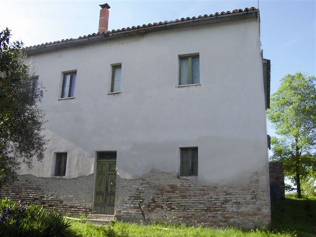 Country house property Castelleone di Suasa